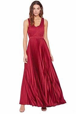 Regal Beauty Drape Gown – Wine